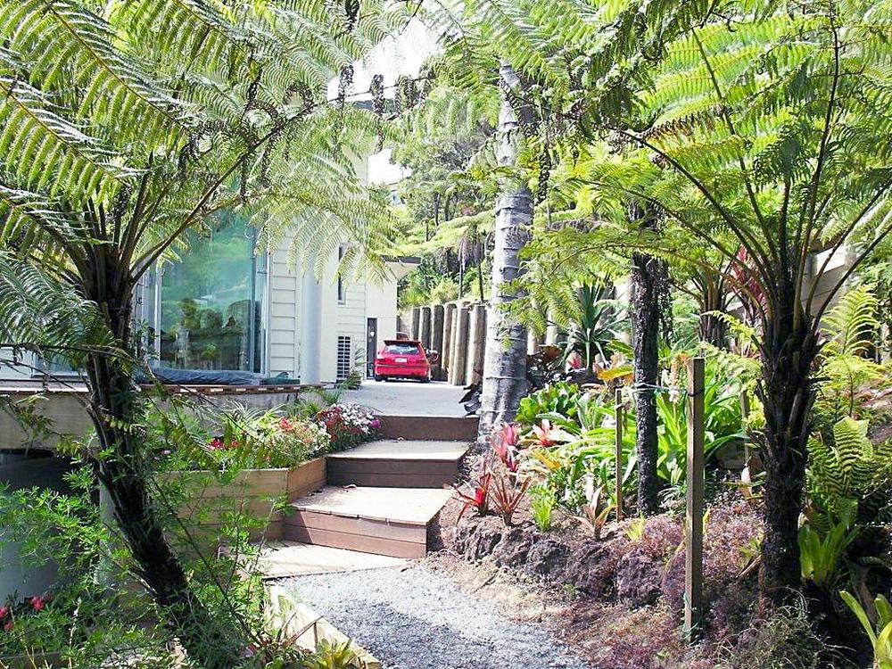 Bay of Islands Beach House luxury beachfront accommodation in Paihia